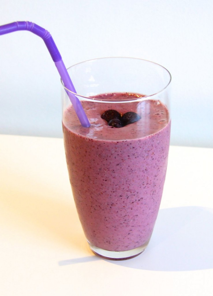 Superfood Blueberry Smoothie